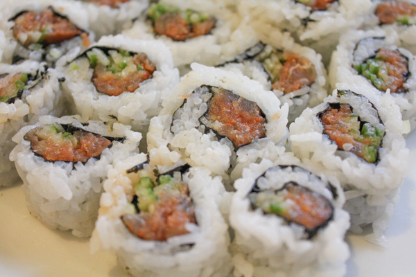 Spicy Tuna Roll2-5