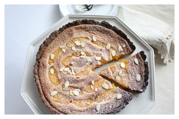 Orange Almond Tart | HipFoodieMom.com
