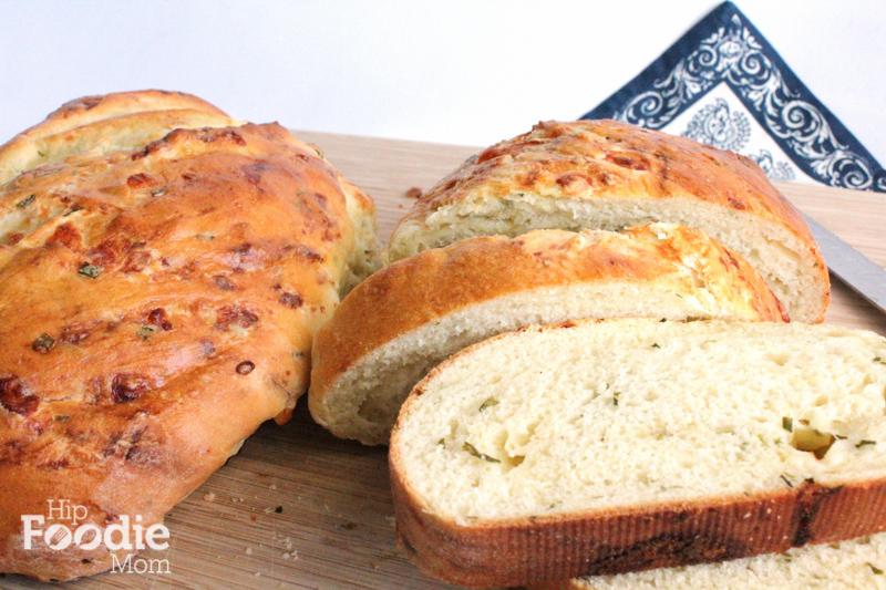 cheddar chive bread crust | hip foodie mom-1