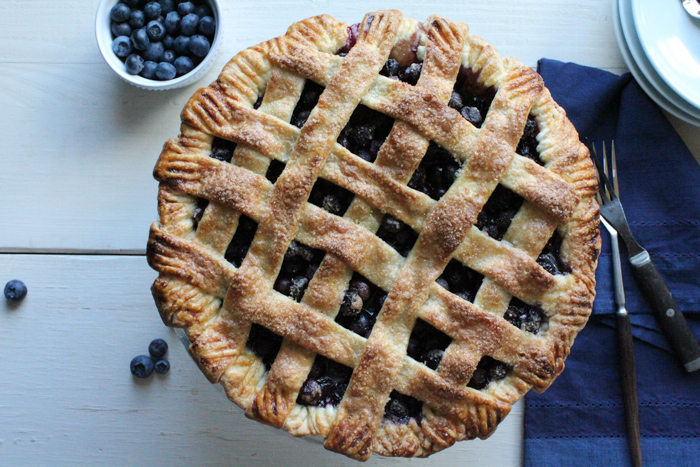 Lattice-Top Blueberry Pie for #SundaySupper - Hip Foodie Mom
