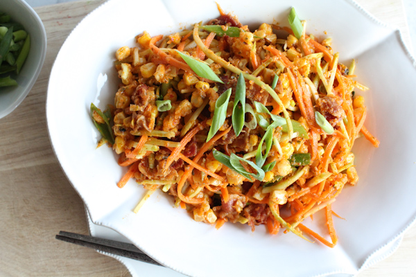 Spicy Bacon and Corn Salad upclose | HipFoodieMom.com-17