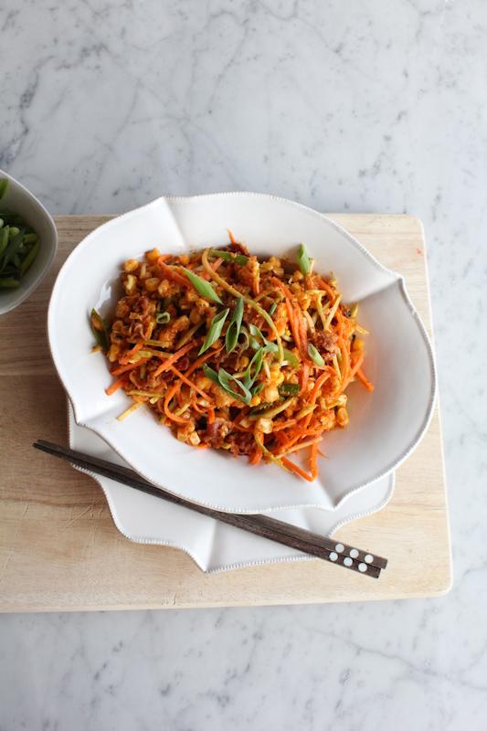 Spicy Bacon and Corn Salad vertical | HipFoodieMom.com