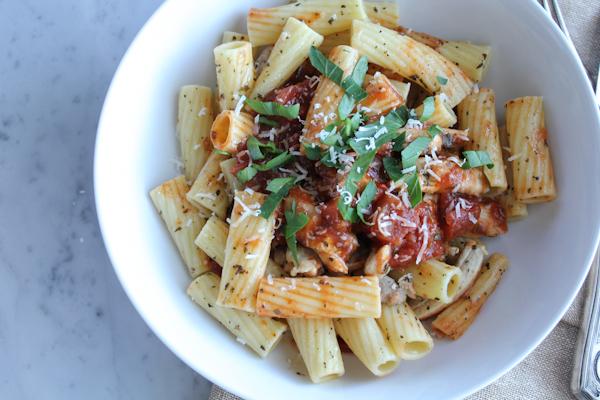Chicken Bruschetta Pasta_closeup2