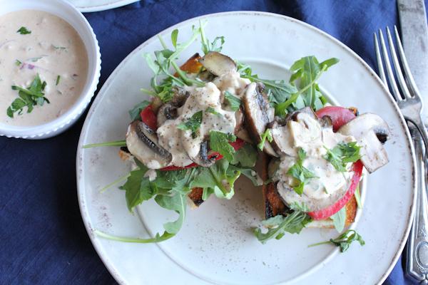 Mushroom_Argula_Tomato Toast with Rémoulade | HipFoodieMom.com