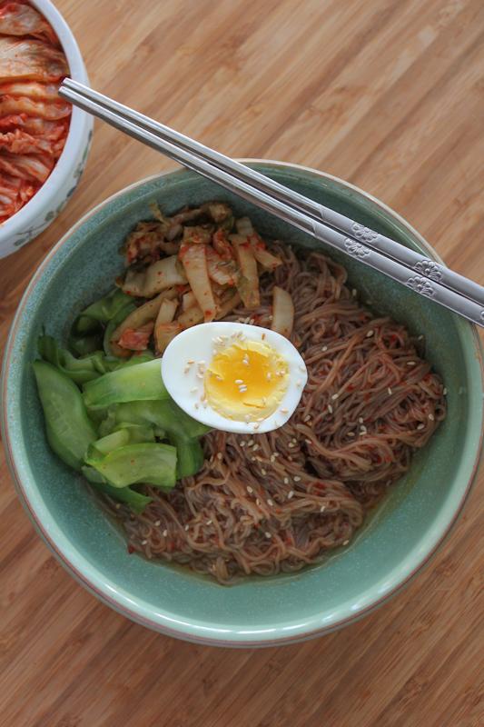 Bibim Naeng Myun_vertical | HipFoodieMom.com