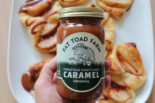 Peach Croissants with caramel | HipFoodieMom.com