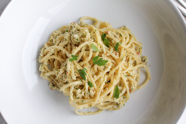 Cauliflower Pesto upclose | HipFoodieMom.com