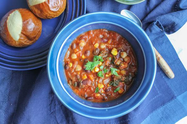 Vegetarian Chili3 | HipFoodieMom.com