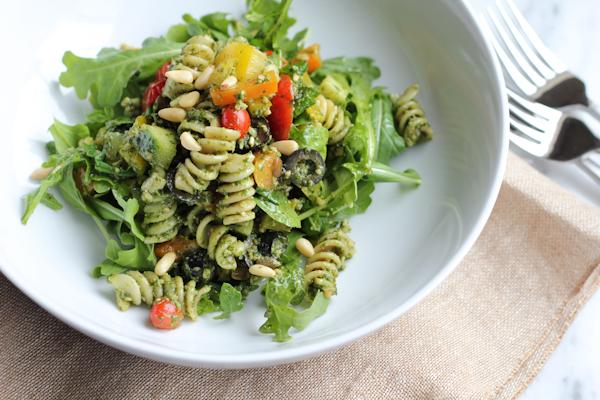 Pesto Pasta Salad | HipFoodieMom.com