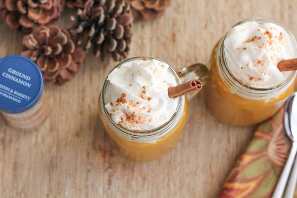 Pumpkin Spice Smoothie_aerial | HipFoodieMom.com