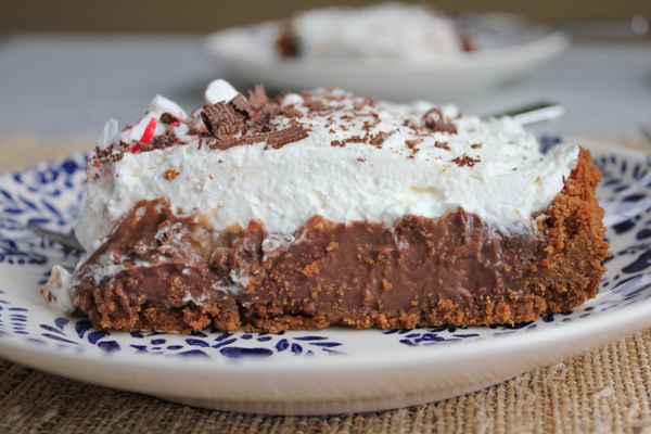 Chocolate Cream Pie_slice_side | HipFoodieMom.com