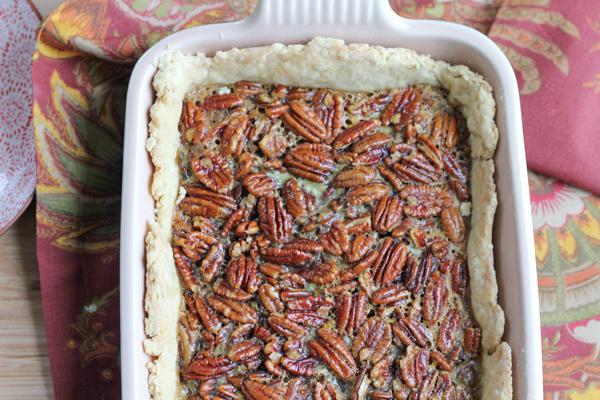 Pecan Pie Tart | HipFoodieMom.com