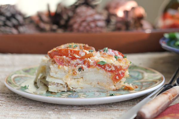 Tomato and Scalloped Potato Gratin_slice | HipFoodieMom.com-18