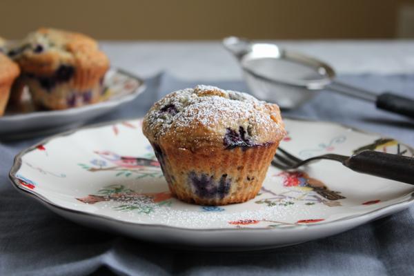 Lemon Blueberry Muffins_closeup | HipFoodieMom.com