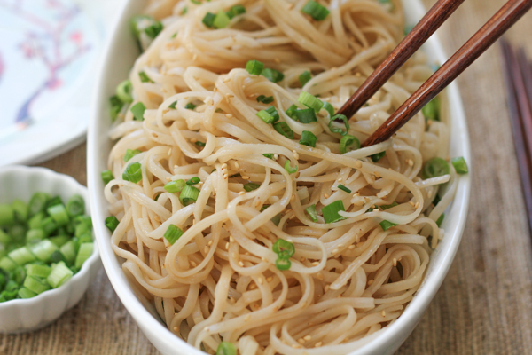 Longevity Noodles for The Lunar New Year! This recipe literally takes 15 minutes! Here's to good luck and a long and happy life! #asianfood #noodles #chinesenewyear #lunarnewyear