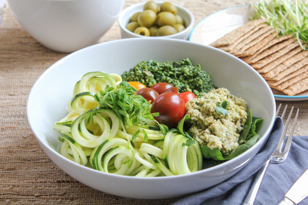 Veggie Salad Trio with Zucchini Noodles and Pesto for #SundaySupper!! Let's get to spiralizing!
