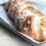 Greek Easter Bread for Easter/Passover Feast #SundaySupper