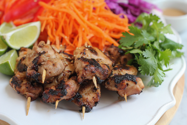 Chicken Satay with Spicy Peanut Sauce for #SundaySupper!! Grilled ...