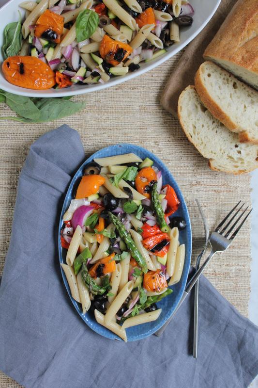 Grilled Veggie Pasta Salad_spread