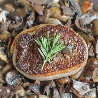 Filet Mignon with Mushrooms and Pinot Noir Sauce for #SundaySupper