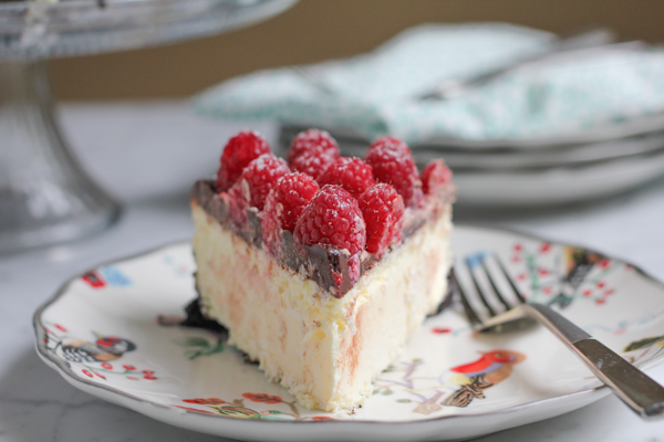 Raspberry Cheesecake with Oreo Crust_slice