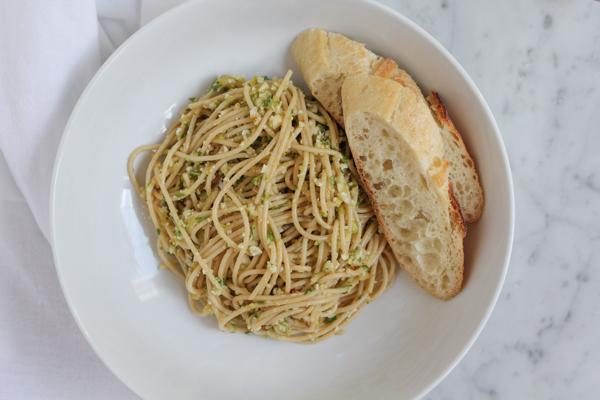 Healthy Whole Grain Pasta with Vegetable Pesto