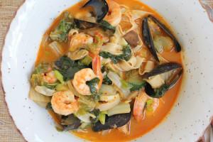 Jjamppong: Spicy Seafood Noodle Soup