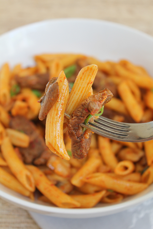 Spicy Korean Penne Pasta with Beef. #koreanfood #kimchi #pasta #penne