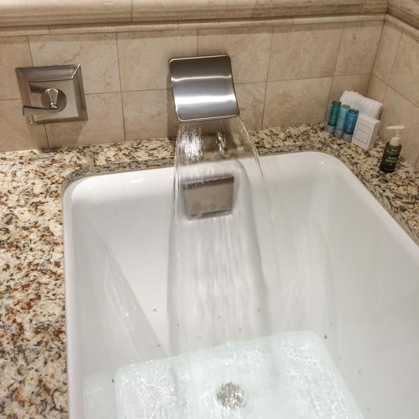 Bathtub_use