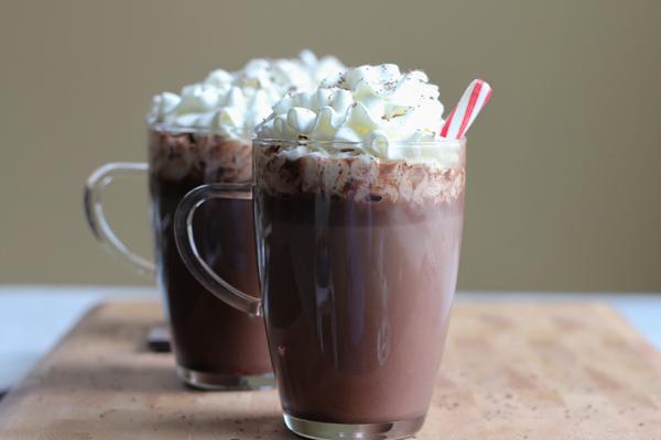 Hazelnut Hot Chocolate! Warm up to this amazing Hazelnut Hot Chocolate, a wonderful spin on your regular hot chocolate! Rich, chocolatey and delicious!