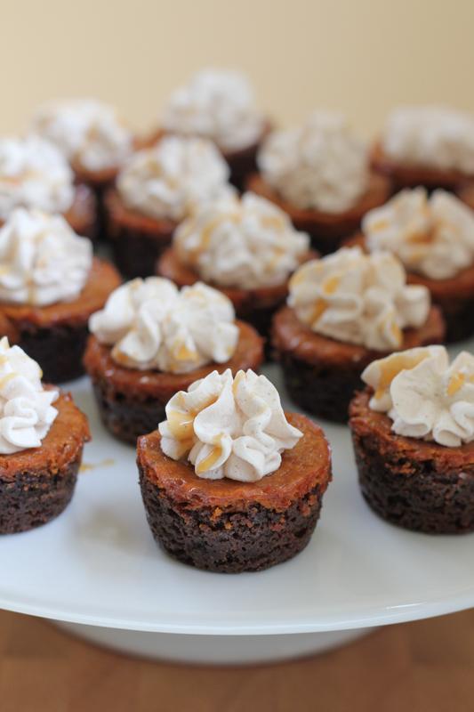 Mini Pumpkin Pie Gingersnap Cookie Cups - Hip Foodie Mom