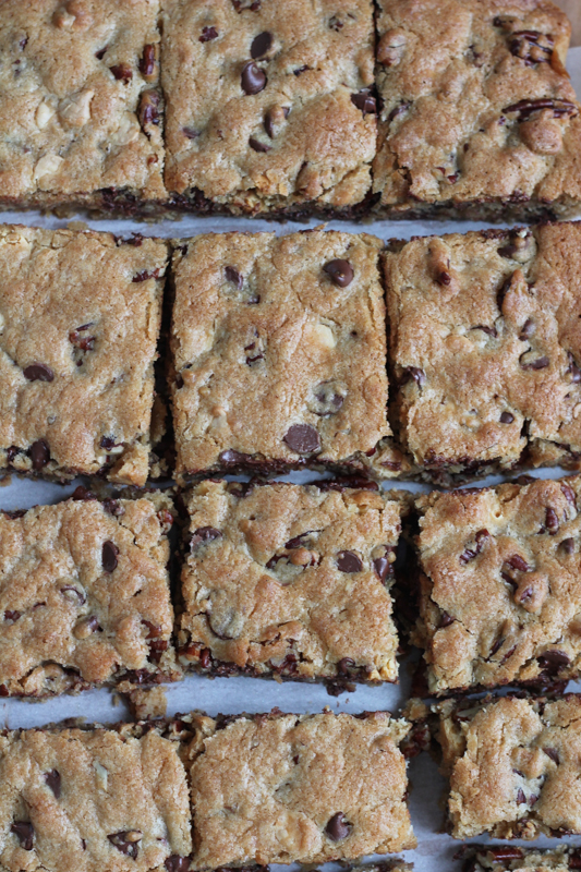 Best Ever Blondies! Using white chocolate chips plus semisweet chocolate chips gives these blondies a rich, full flavor. Recipe from America's Test Kitchen. . plus a cookbook giveaway! #blondies #baking #holidays #cookbook