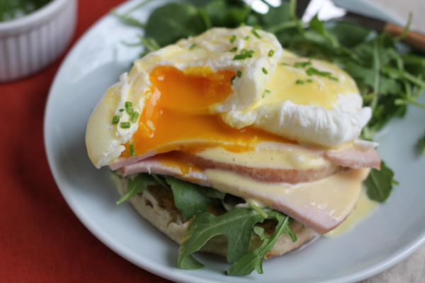 Eggs Benedict with a delicious and easy blender hollandaise sauce! You'll never have to make Hollandaise Sauce by hand again! #brunch