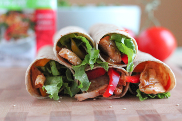 Everything you love about Asian Sesame Chicken, but in a whole-wheat tortilla wrap! Using McCormick's new skillet sauces makes dinnertime easy and quick! #easy #weekdaysupper #mcskilletsauce #spon