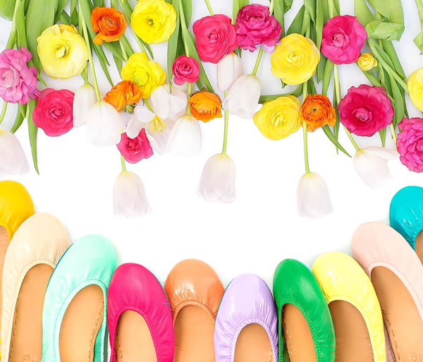 Leap into Spring with Tieks!! Flats made of the finest Italian leathers and designed to fold and fit in a purse! Enter to win a $200 gift card! #GIVEAWAY