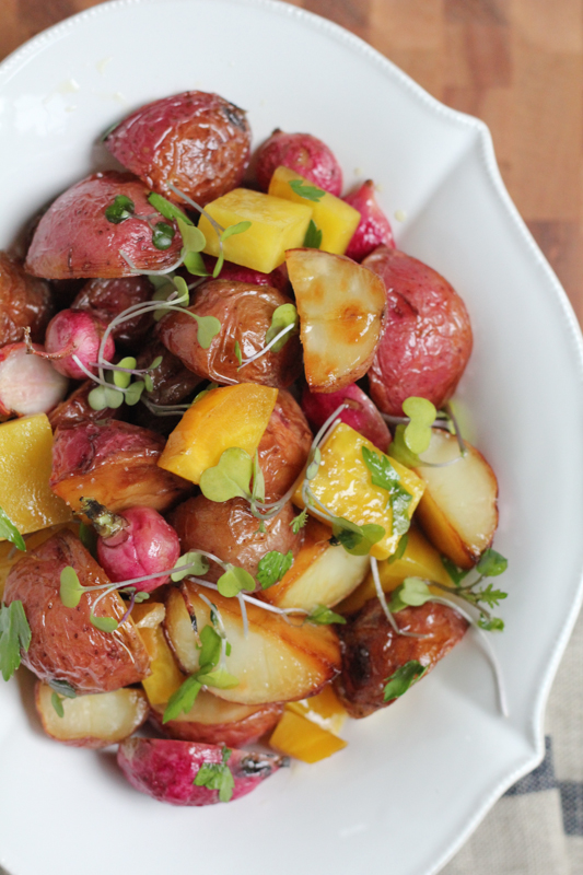 Looking for a great side dish for your next cookout? Try this beautiful recipe for sheet pan roasted vegetables! Red potatoes, radishes and golden beets! Hooray for root vegetables!