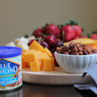 Summer Snacking with Blue Diamond Almonds