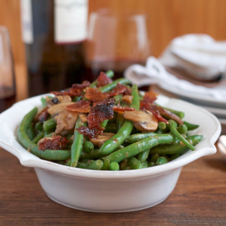 Balsamic Green Beans with Candied Bacon