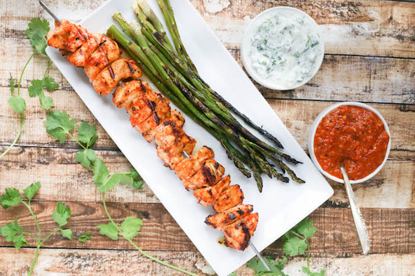 Healthy Weekly Meal Plan 7.23.16! A healthy weekly meal plan featuring a healthy chicken salad, grilled pork chops, Harissa Chicken Skewers with Herbed Yogurt Dipping Sauce and more!