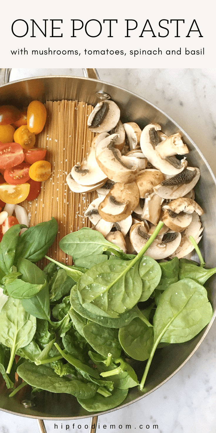 One Pot Pasta with mushrooms, tomatoes, spinach and basil! You literally throw everything into one pot and that's it! This is the perfect weeknight dinner! #onepotpasta #pasta #easydinner #dinner #vegetarian #vegetables #onepotrecipe