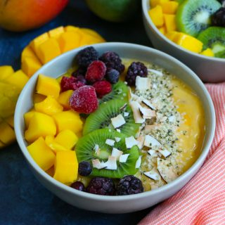 Delicious Mango Smoothie Bowl