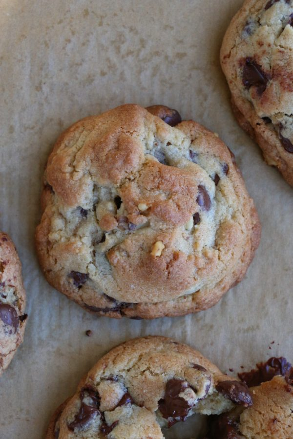 Levain Bakery Chocolate Chip Walnut Cookie COPYCAT recipe!! You can make the famous deliciousLevain Bakery Chocolate Chip Walnut Cookies at home! Check out the recipe!