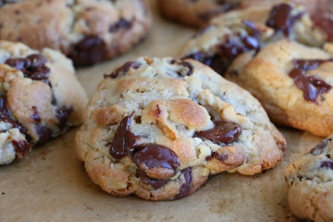Levain Bakery Chocolate Chip Walnut Cookie COPYCAT recipe!! You can make the famous delicious Levain Bakery Chocolate Chip Walnut Cookies at home! Check out the recipe!