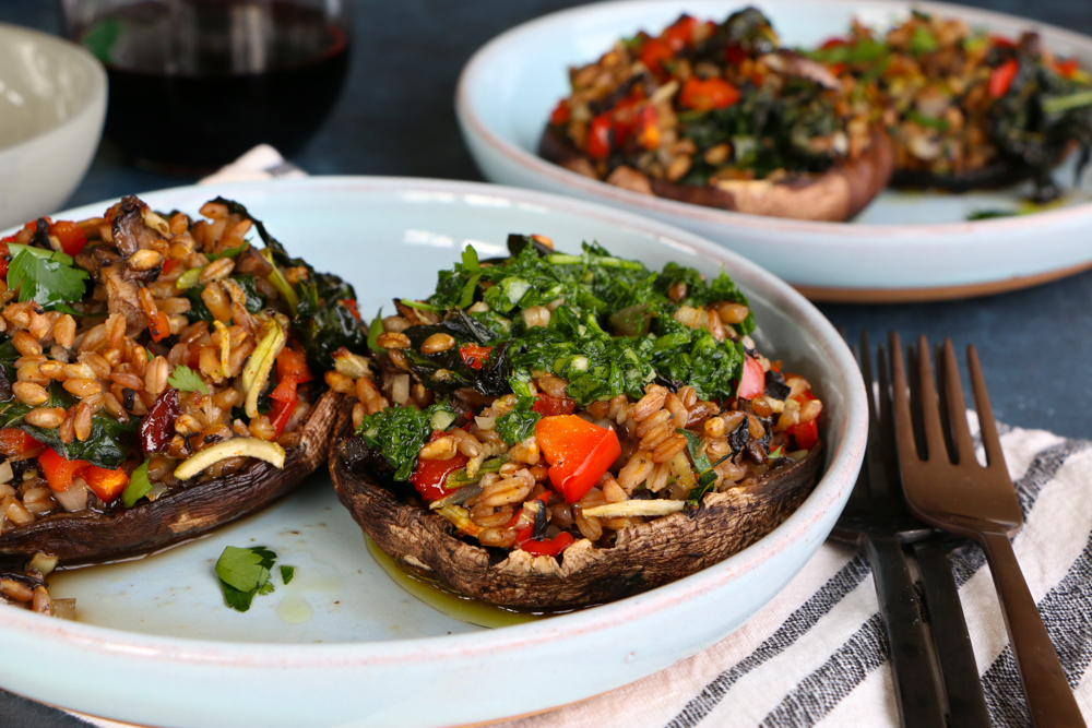 Vegetarian stuffed portobello mushrooms hip foodie mom vegetarian stuffed portobello mushrooms packed with sauted vegetables farro and seasoned with tony chacheres forumfinder Images