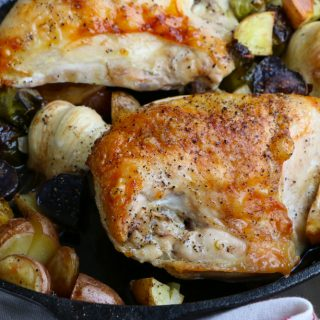 Skillet Roast Chicken with brussels sprouts and fingerling potatoes! So delicious and so easy to make! The perfect dinner!